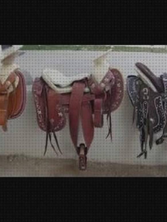 Relaxdays Soporte Montura de Caballo para 3 Sillas de Montar Negro 1 Ud,154 x 64 x 53 cm Acero Accesorio H/ípica